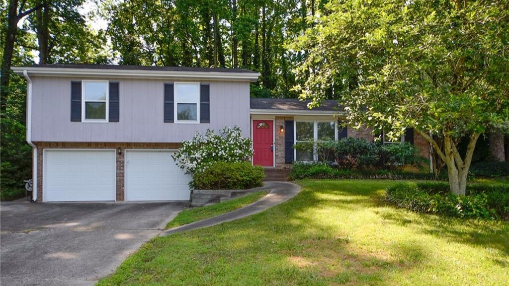 3315 Sanden Ferry East, Decatur